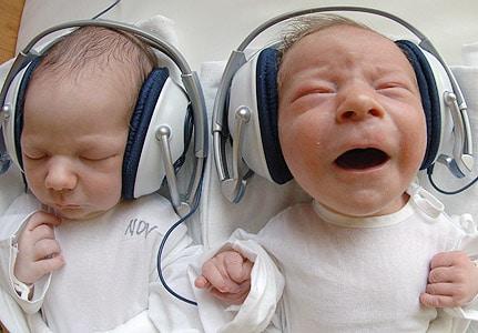 Video Bayi Lucu Kembar