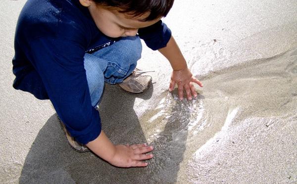 Mengasah Kreatifitas Anak