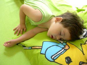 Mengatasi Anak Susah Tidur Siang
